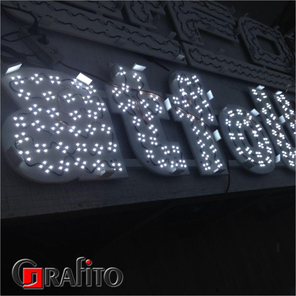 Litery świecące 3d diody podświetlające